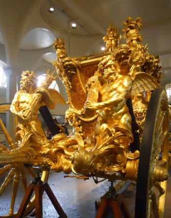 Royal Mews Buckingham Palace London Gold State Coach Statues