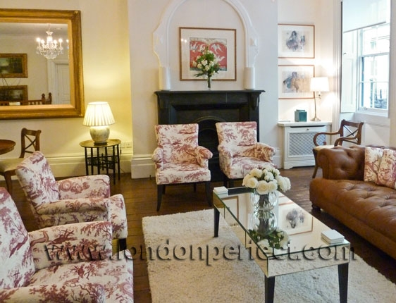 Two Bedroom London Vacation Rental near Trafalgar Square