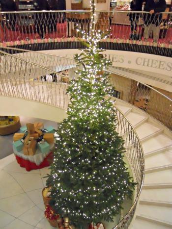 Christmas Tree at Fortnum and Mason