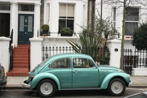 Charming Chelsea Neighbourhood with VW Beetle