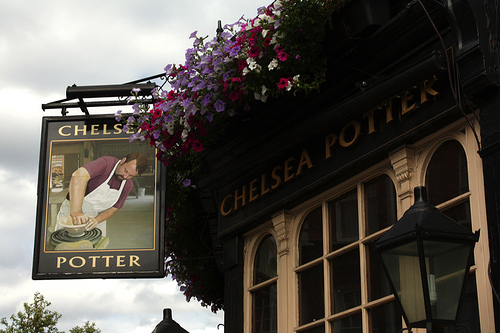 Chelsea Potter Pub Kings Road London