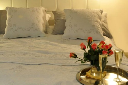 Romantic London vacation rental near Trafalgar Square Covent Garden