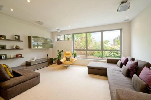 Holland Park Mews Home for Sale Living Room