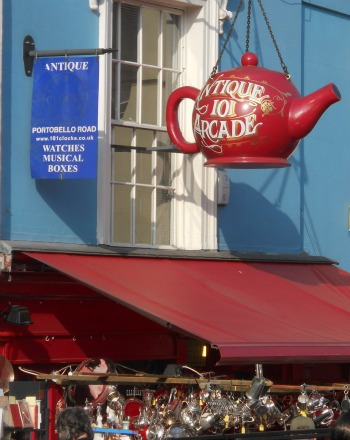 Teapot Sign on Portobello Road
