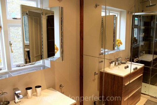 London Perfect Balfour En Suite Bathroom Mirror Washer and Dryer