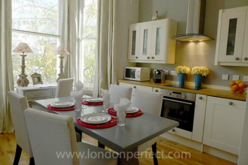 London Perfect Balfour Vacation Rental Chelsea Dining Area