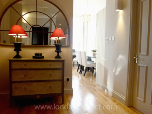 London Perfect Chelsea Vacation Rental Entryway