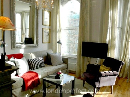 London Perfect Cheslea Vacation Rental Living Room