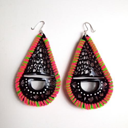 London Contemporary Jewellery Designer Ciara Bowles