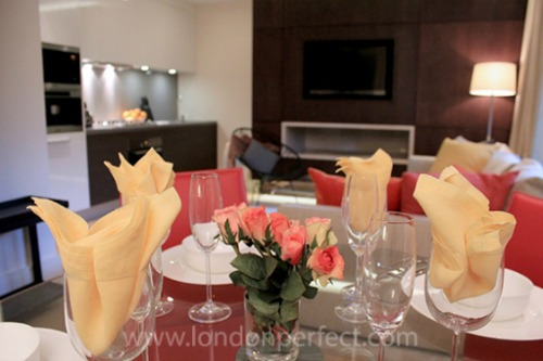 London Perfect Pelham Vacation Rental in Chelsea Dinging Table