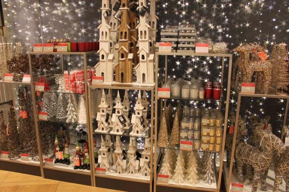 10-christmas-decorations-peter-jones-sloane-square