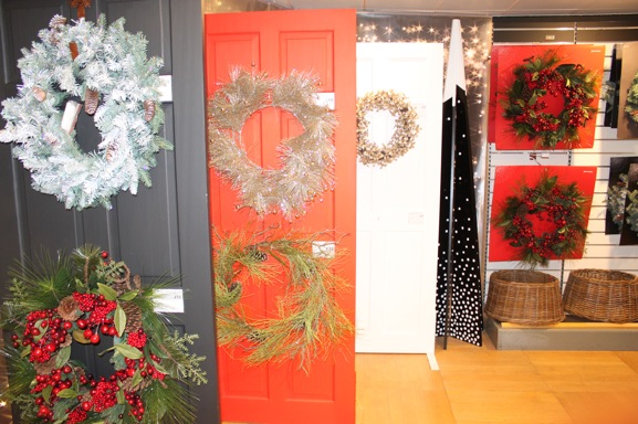 12-christmas-wreaths-peter-jones-london