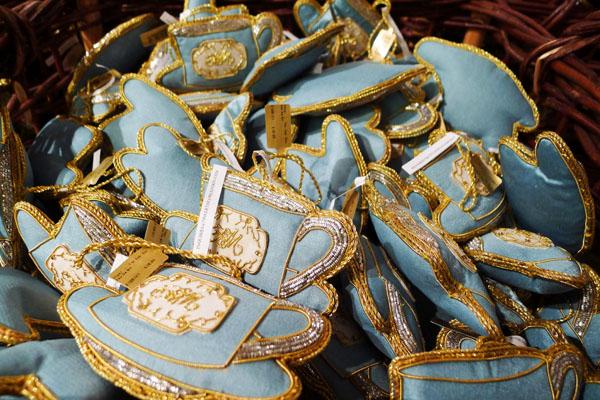 7 s fortnum blue color