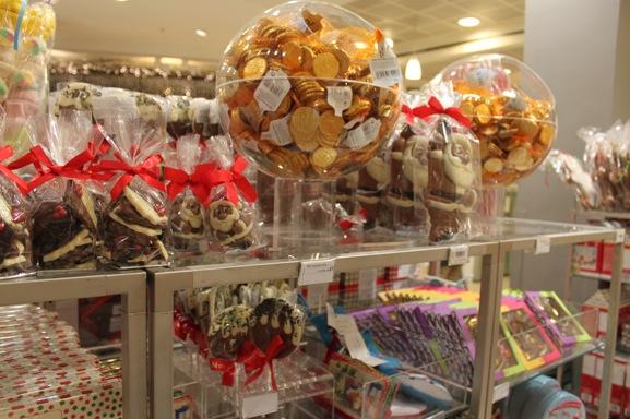 72-peter-jones-christmas-chocolates