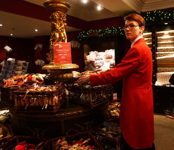 8 s red coated clerk fortnums