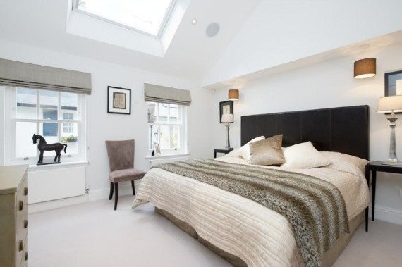 London 2 Bedroom Mews Home for Sale Chelsea