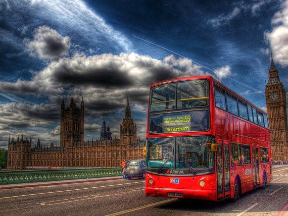 London Buses Go Cash Free on July 6th