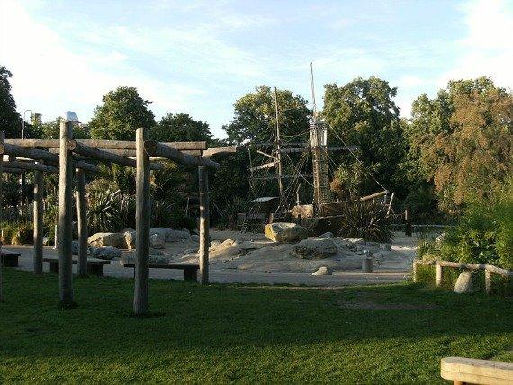 Early morning at Diana Memorial Playground