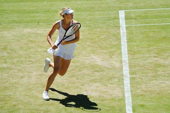 Maria Sharapova on the lawns in 2009.