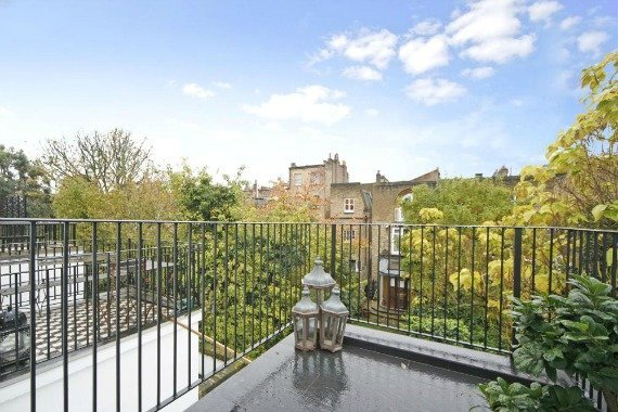 London Property for Sale Pembroke Place Terrace