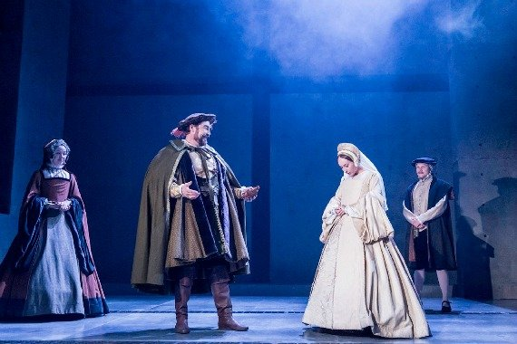 Nathaniel Parker as Henry VIII and Leah Brotherhead as Jane Seymour in Bring Up the Bodies. Photographer Johan Persson
