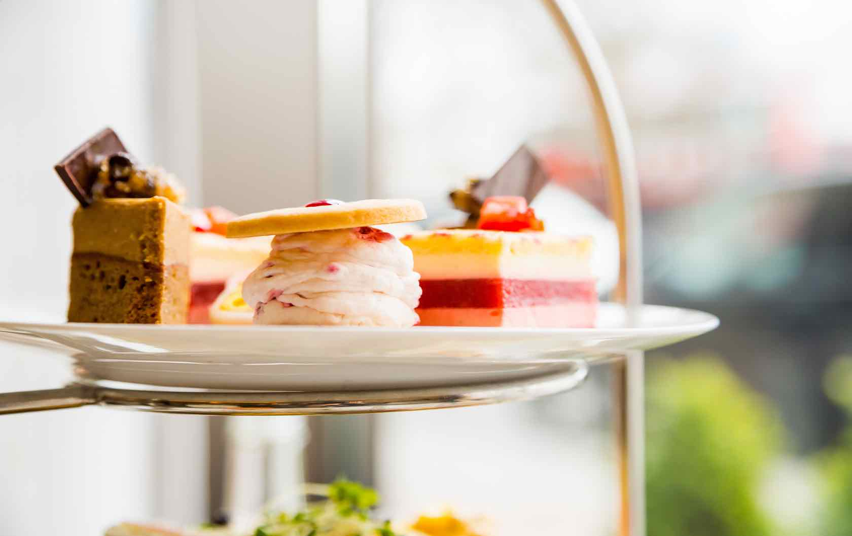 Quintessential British Cuisine_What to Eat in London by London Perfect Afternoon Tea