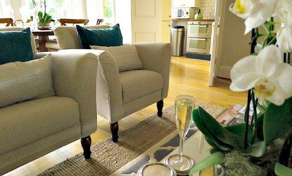 London Perfect Austen Vacation Rental Kensington Living Room
