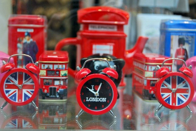 Where to Find the Best London Souvenirs