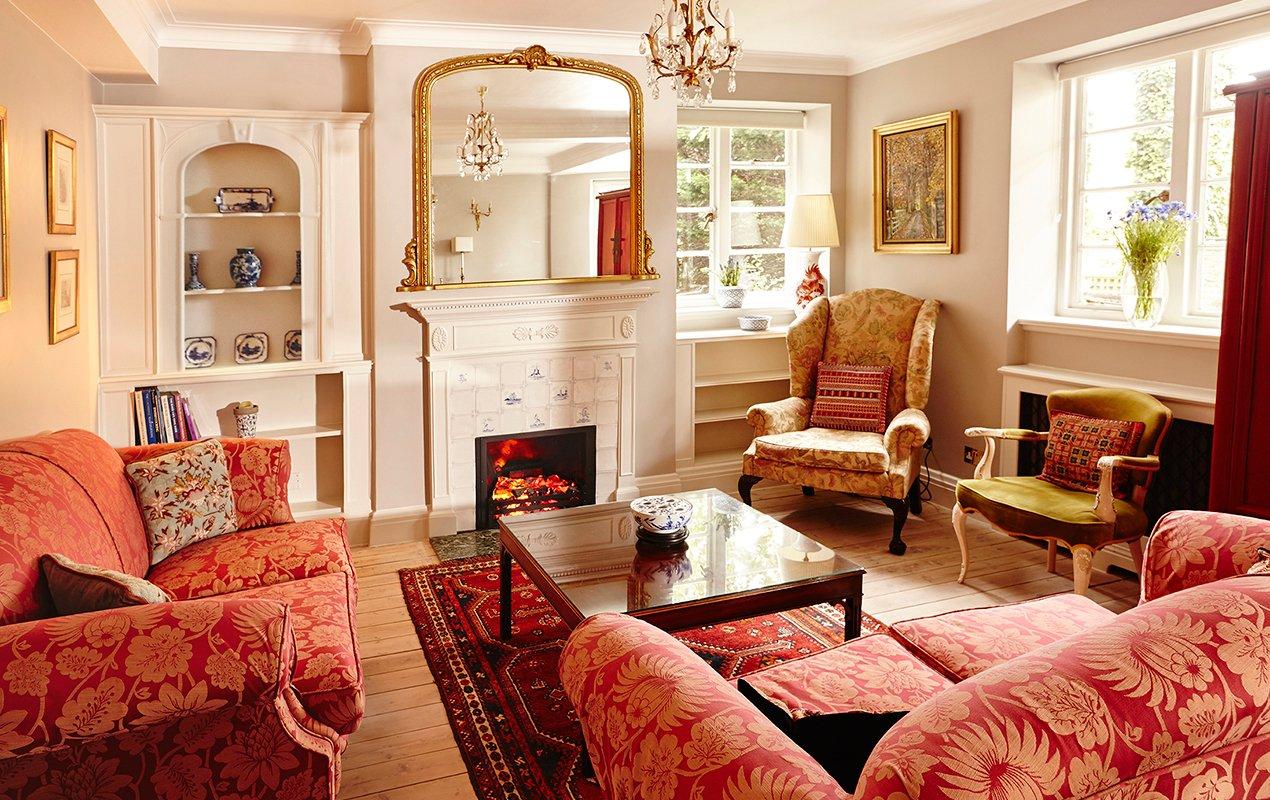 macdonald-living-room