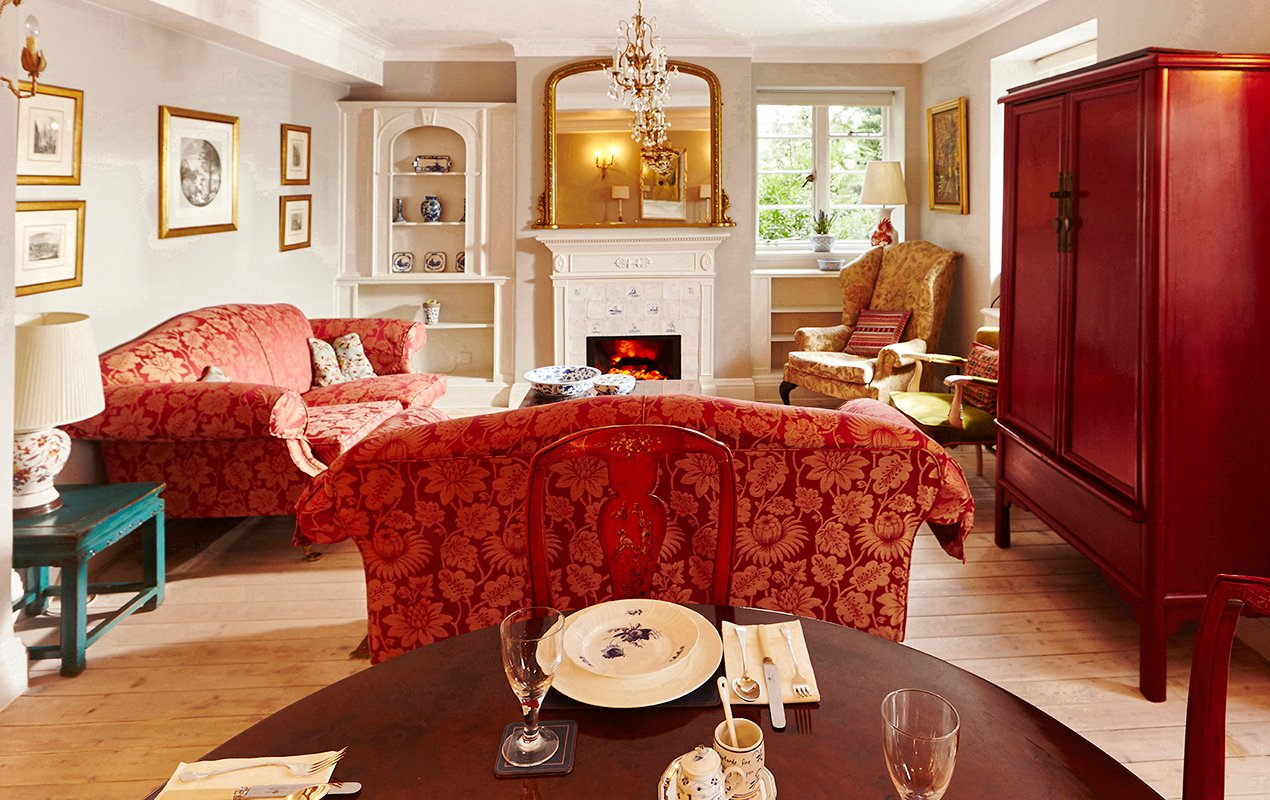 macdonald-living-room-mirror