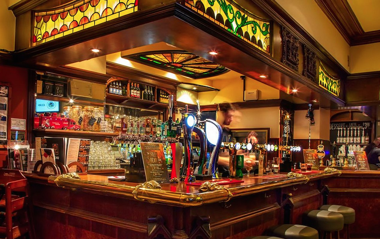 Top Ten Cozy Pubs In London