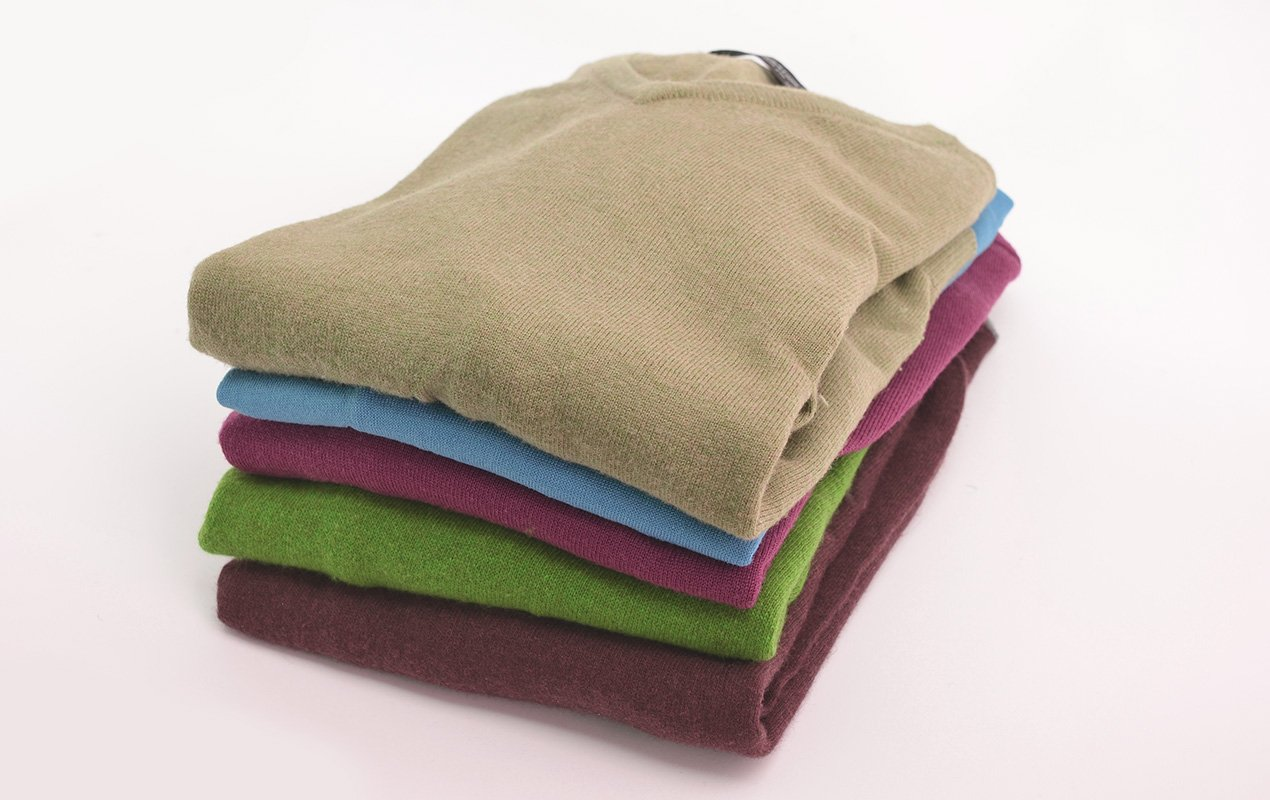 cashmere-sweaters-177348825