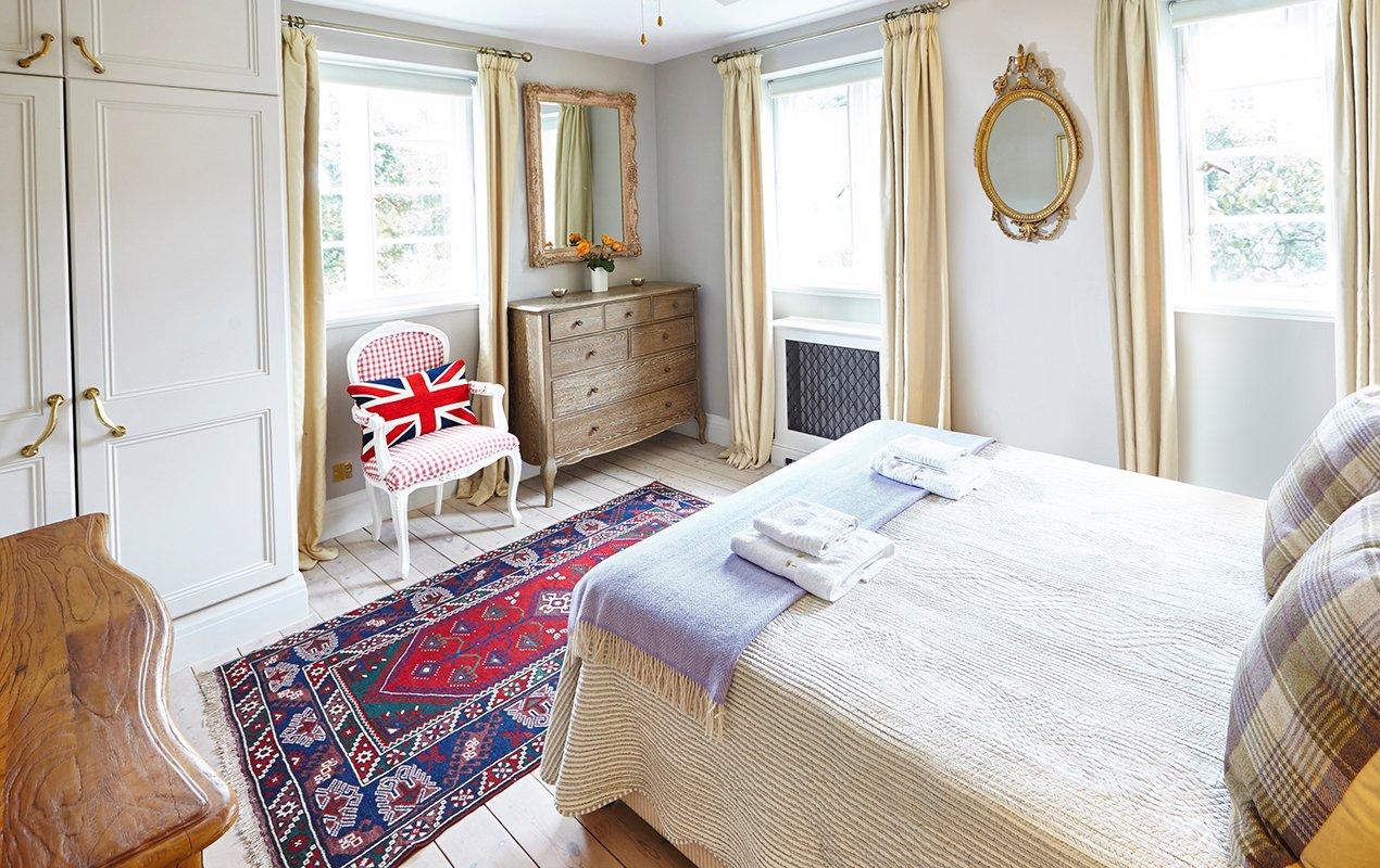 macdonald-bedroom-3