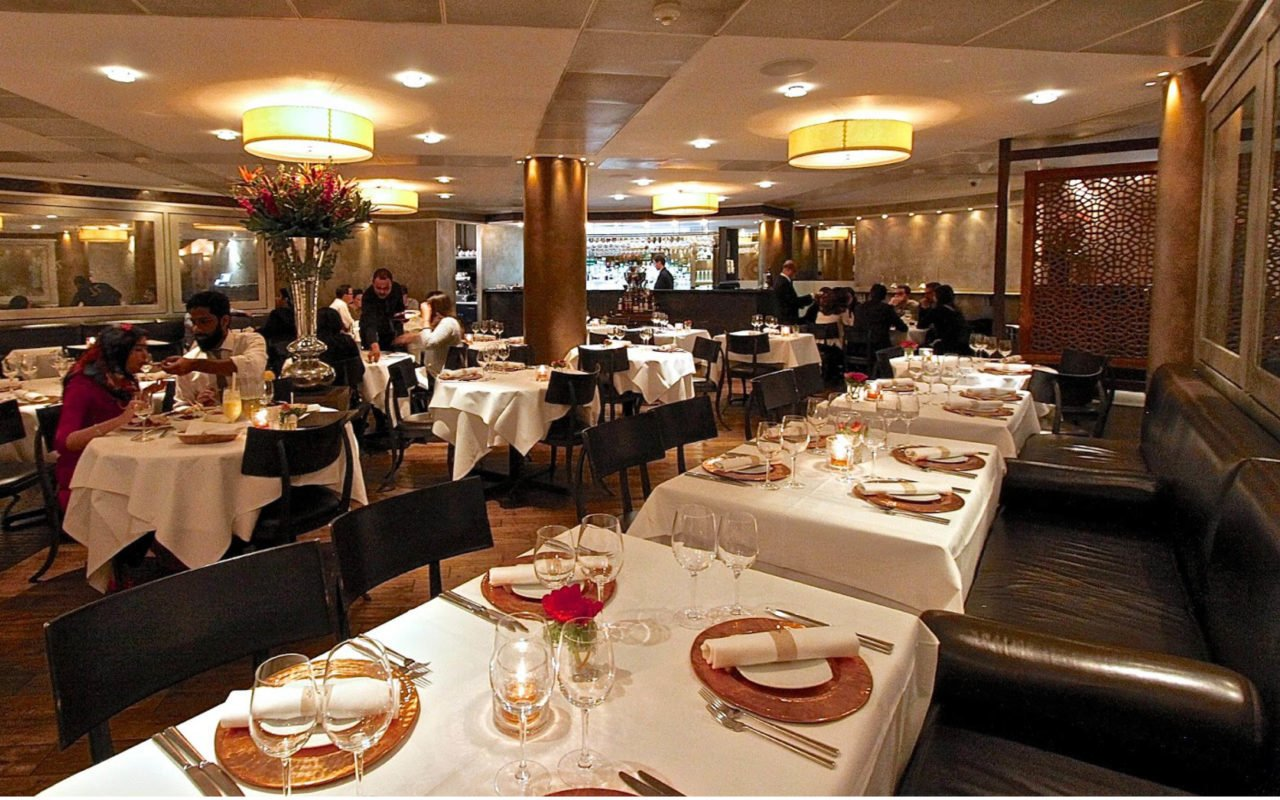 34 Mayfair Brunch Dining Room