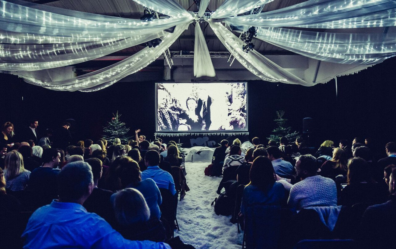 London Pop Up Screens: London's Coolest Movie Event!