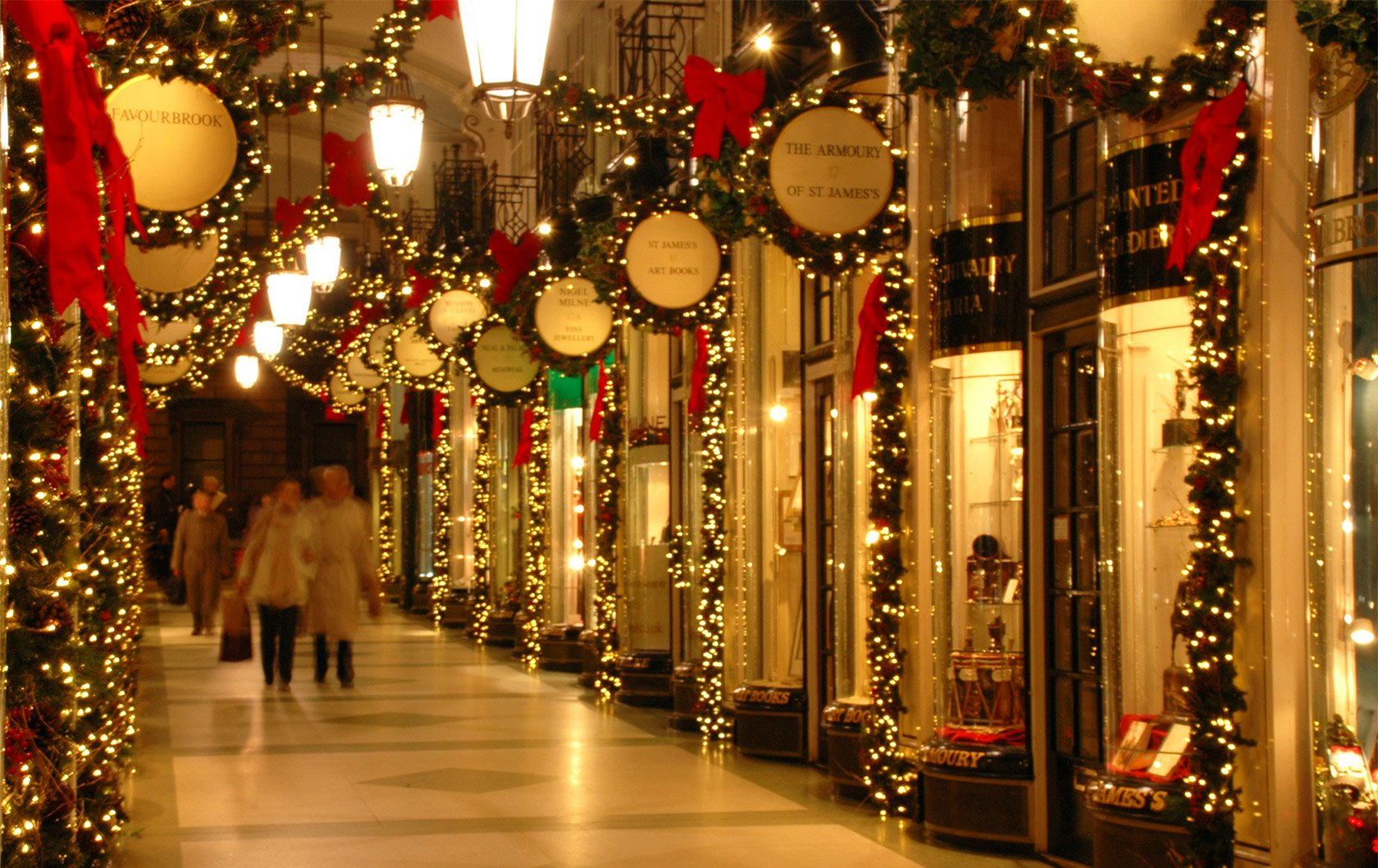 Last Minute Christmas Shopping In London