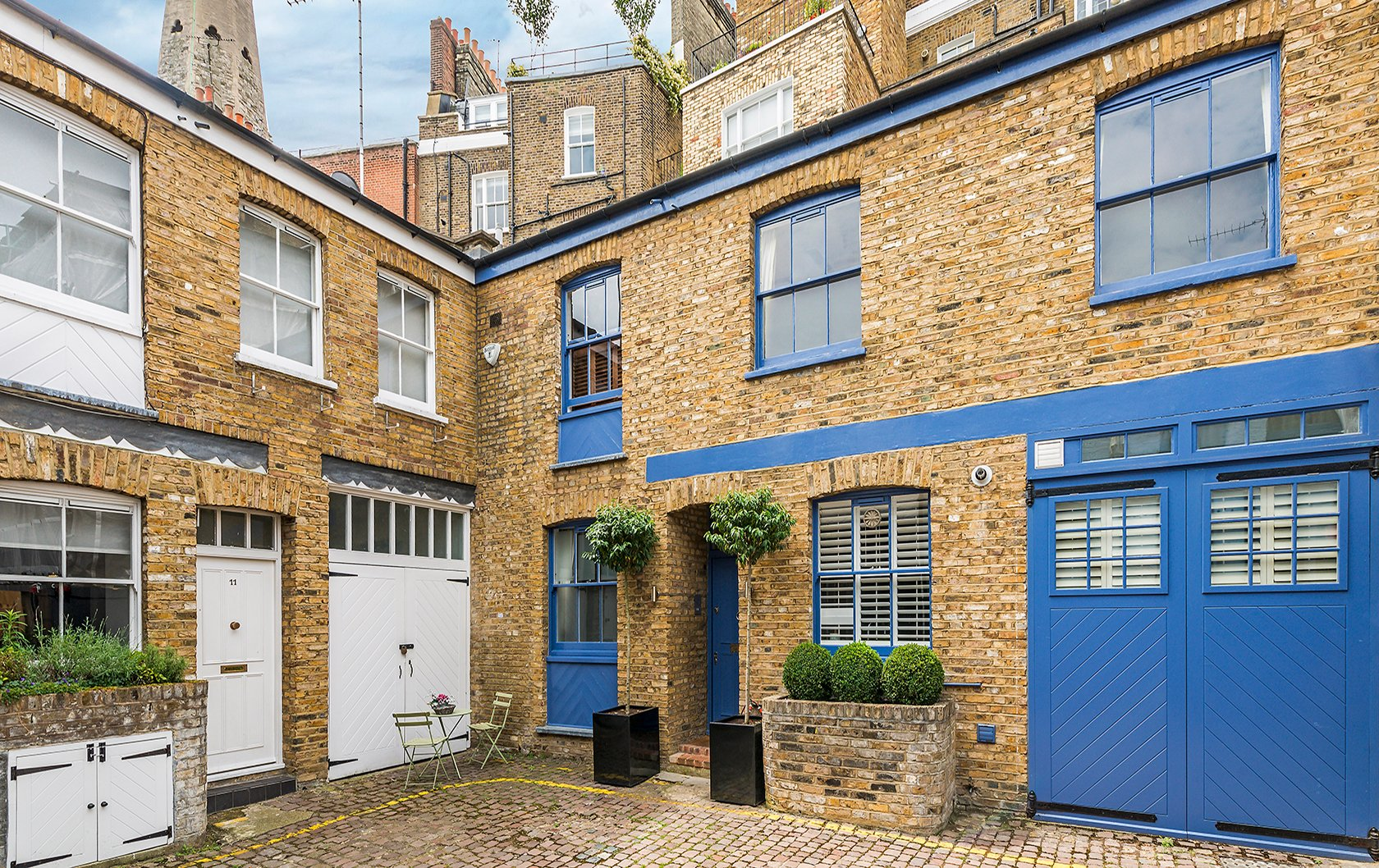 london-perfect-mews-march-7
