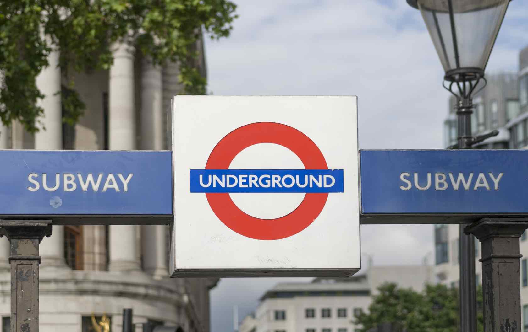 Taking the Tube: Eight Tips For Riding the London Underground