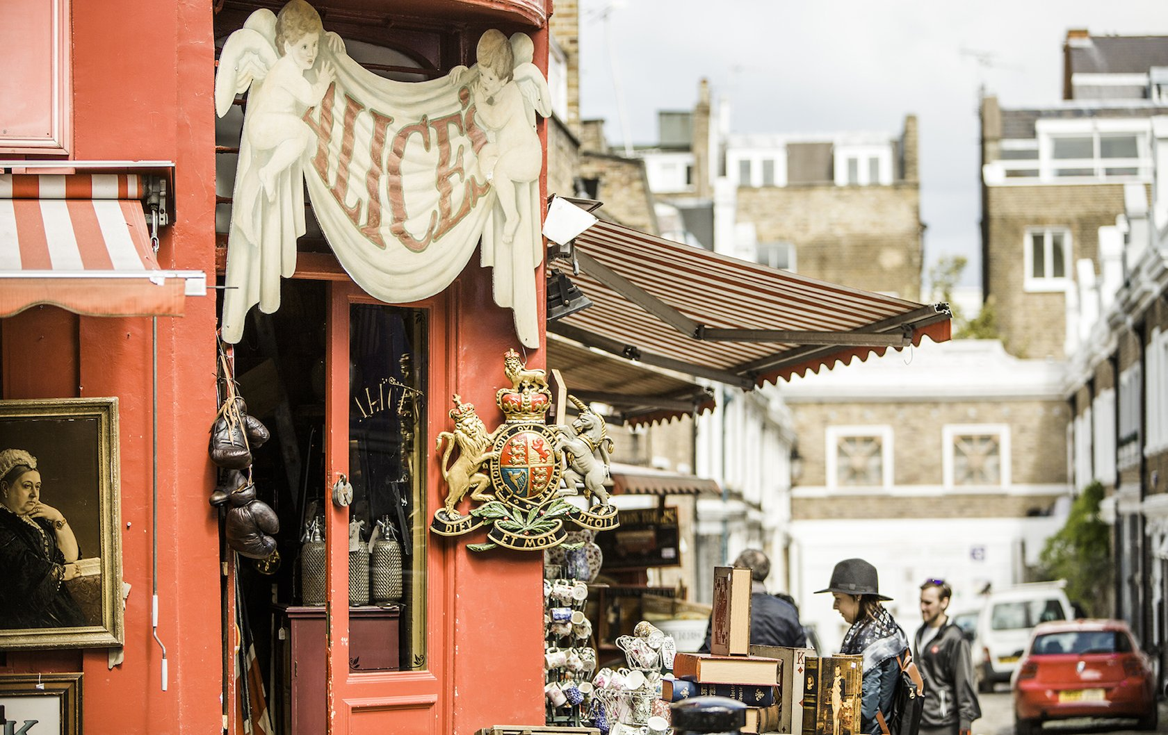 Guide to Shopping on Portobello Road in London's Notting Hill