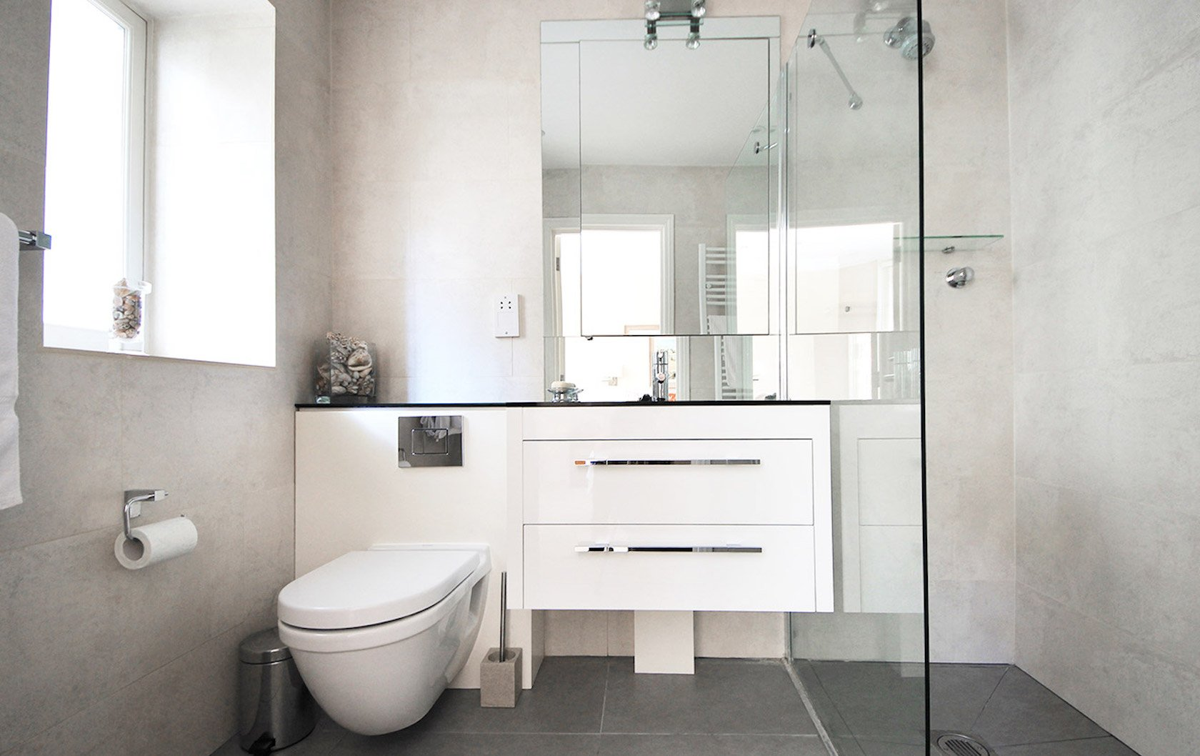 Beautiful bathrooms by London Perfect