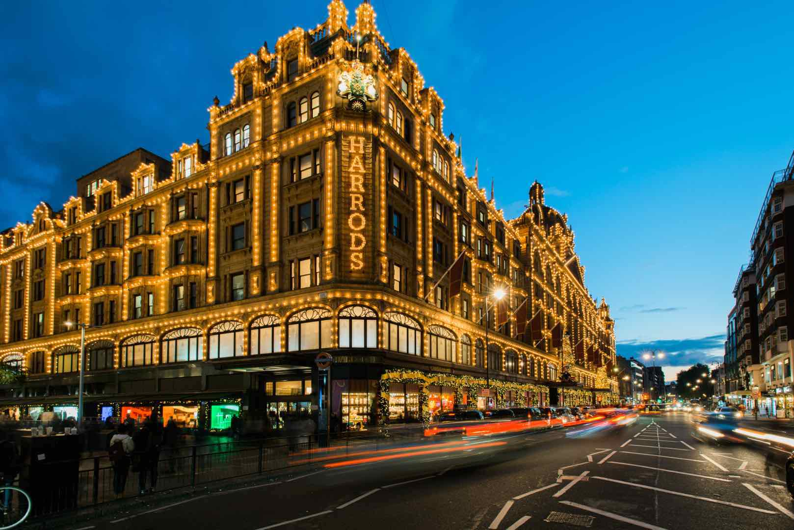 Common London Tourist Mistakes by London Perfect Harrods