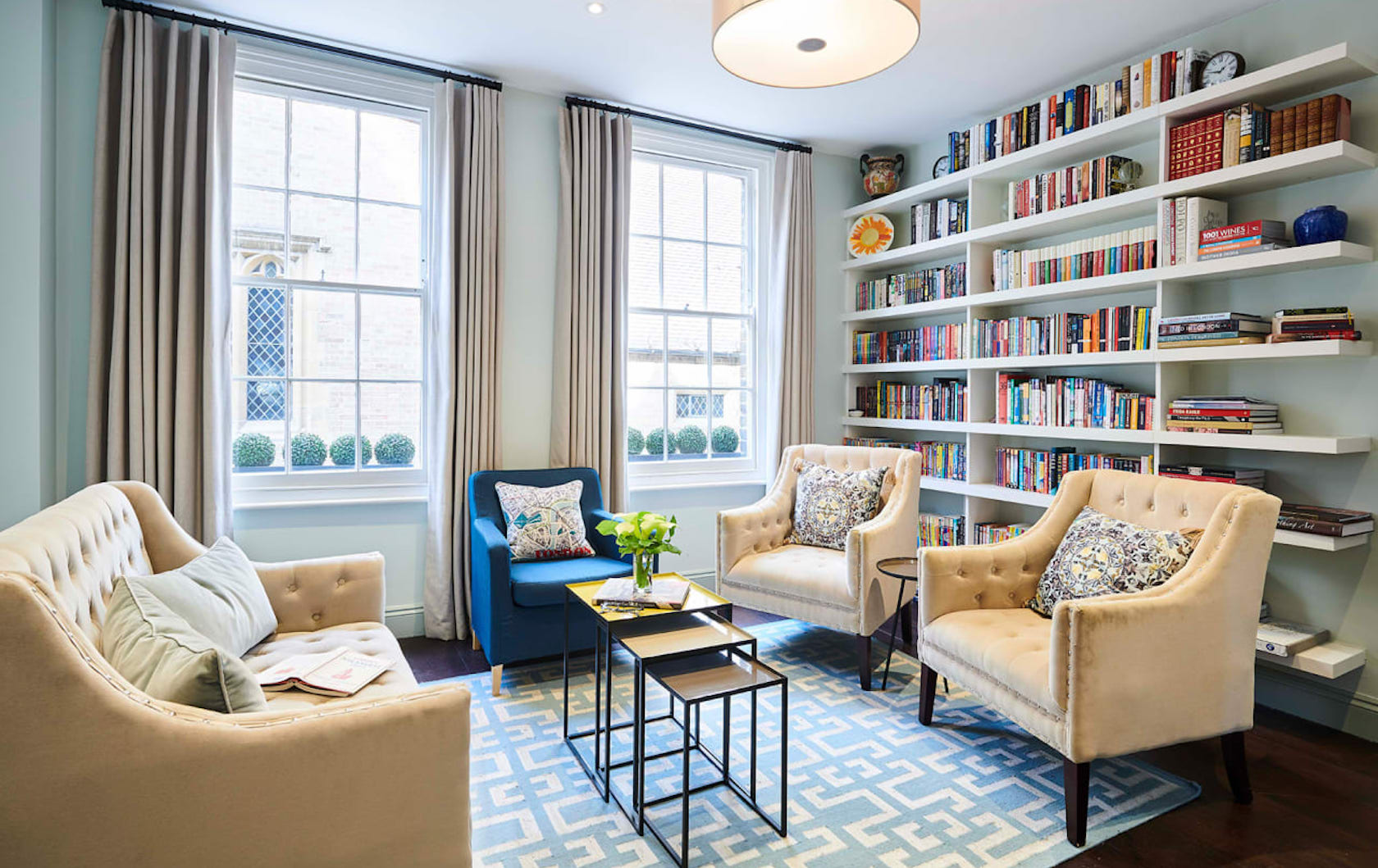 A Look Inside the York House in Kensington: A Serene Sanctuary