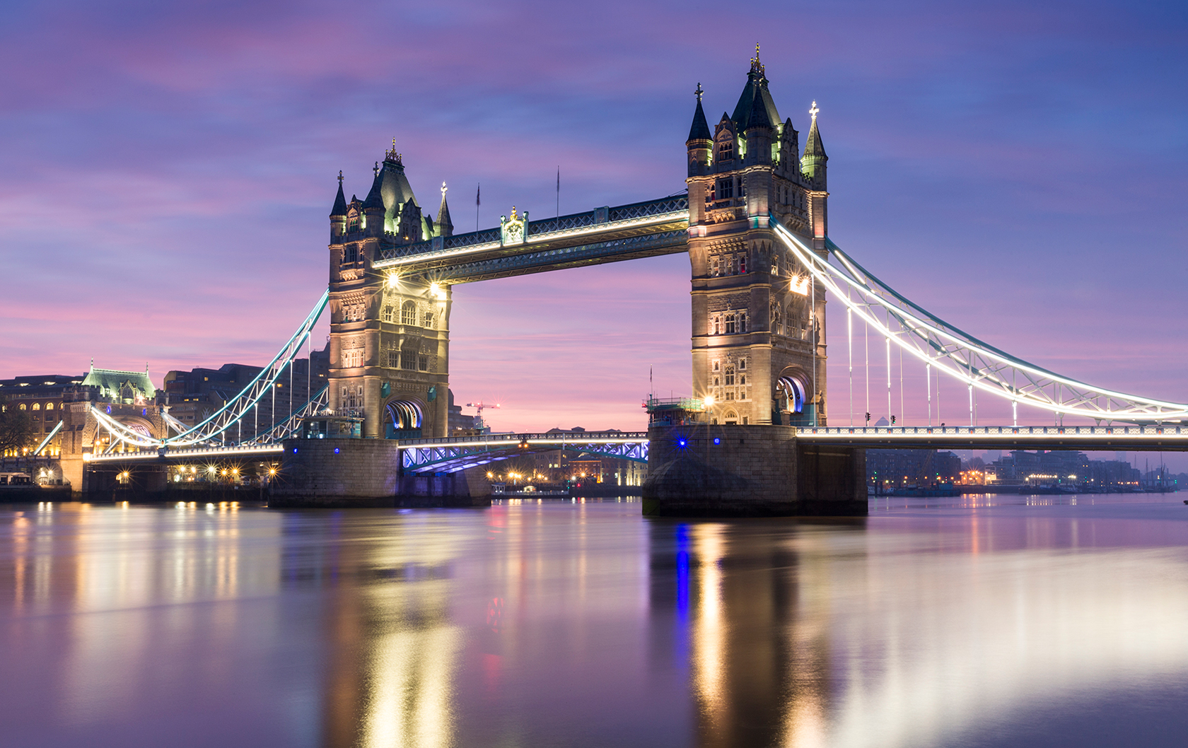 Happy Valentine's Day: Romantic Spots in London