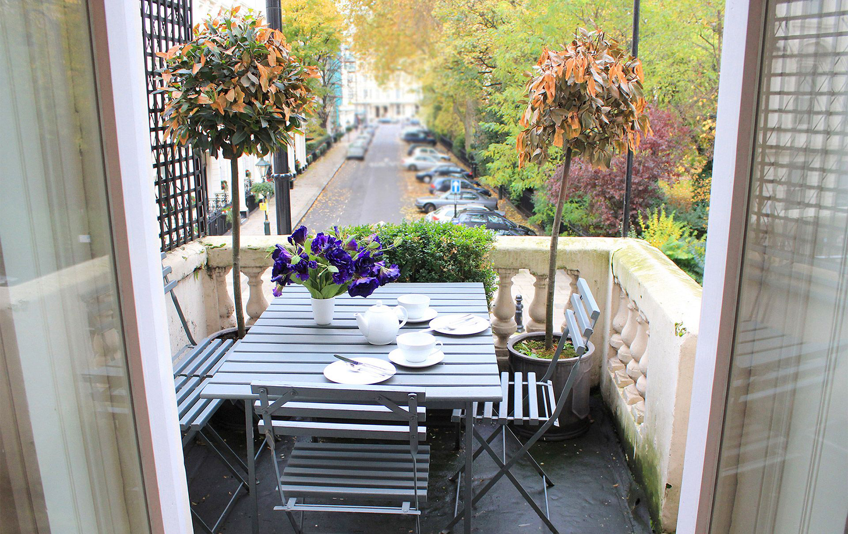 Classic London charm overlooking a garden square from the Salisbury