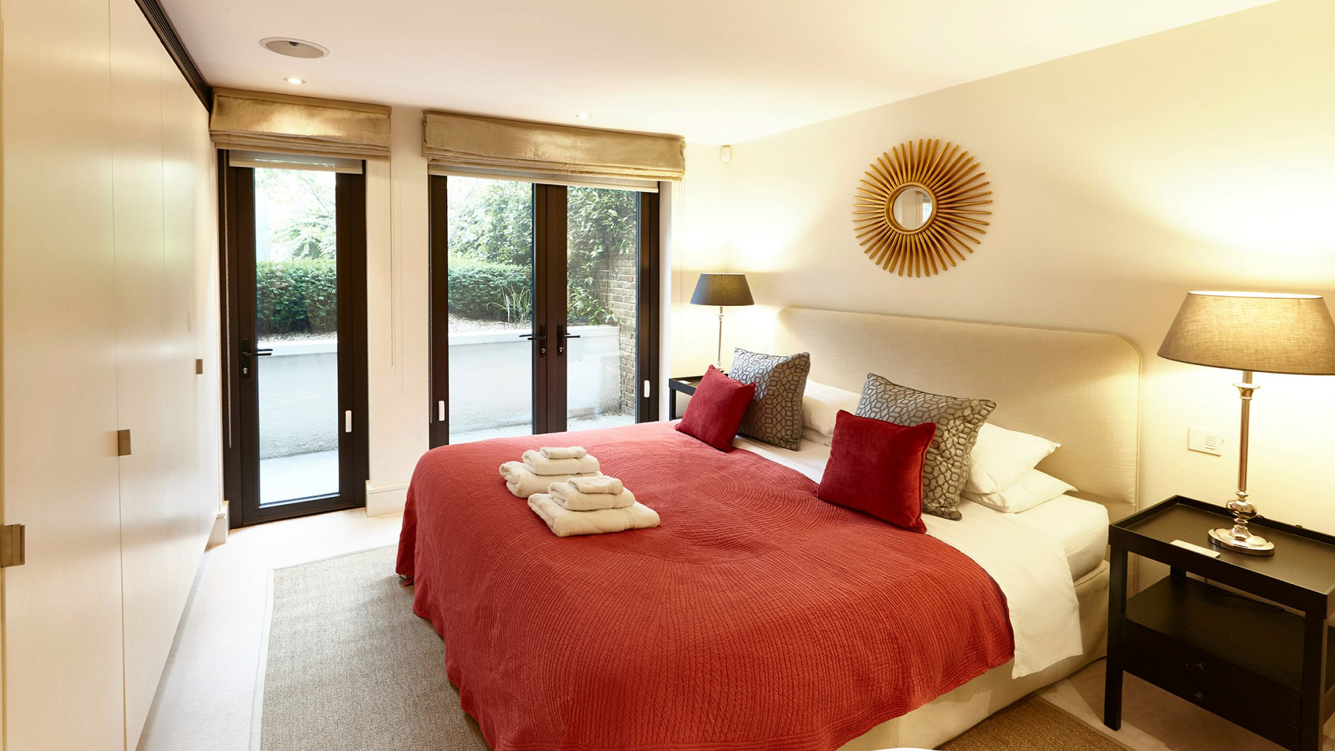 2 Bedroom, 2 Bathroom Vacation Apartment in Chelsea, London