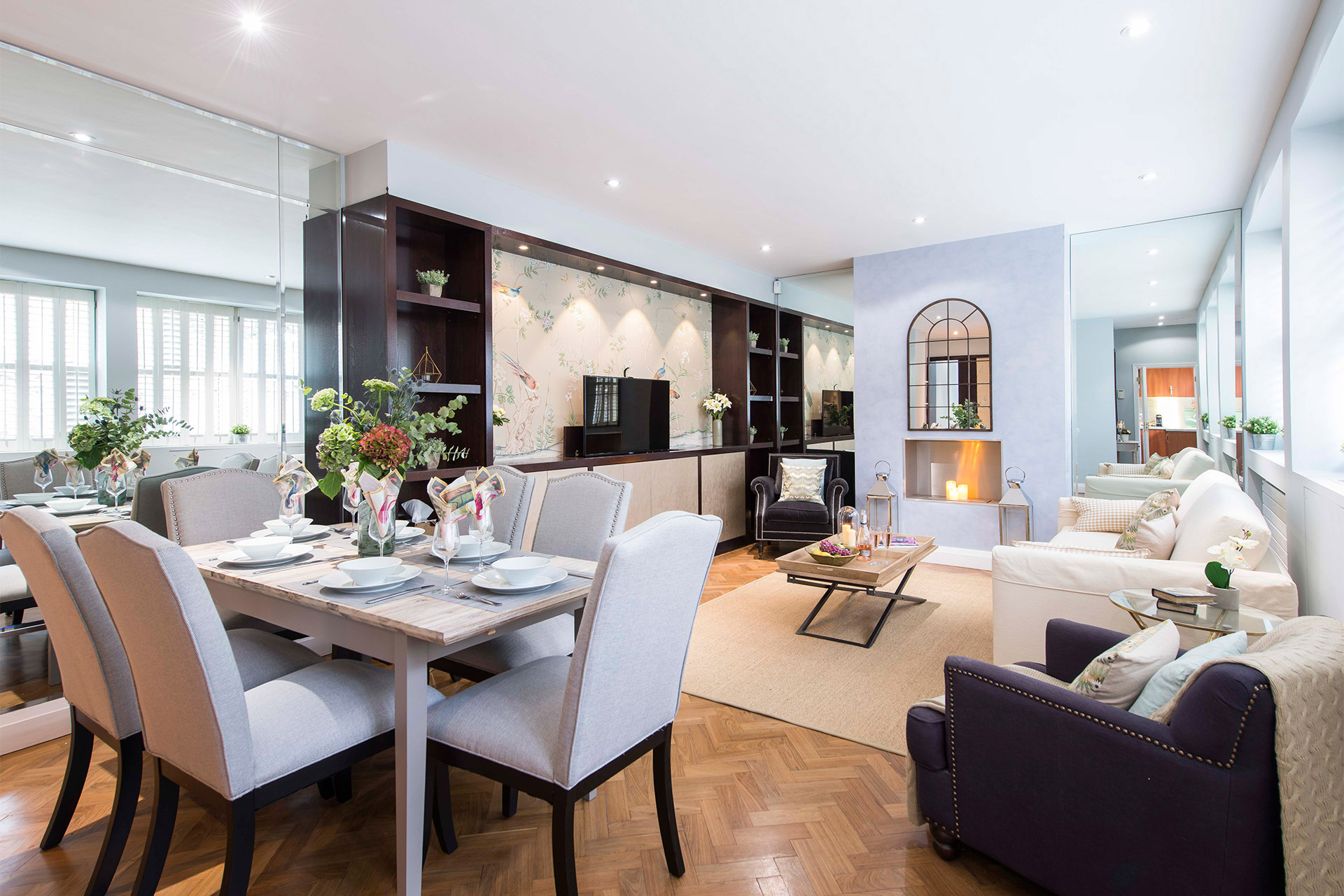 Charming 3 Bedroom Mews House London Vacation Rental