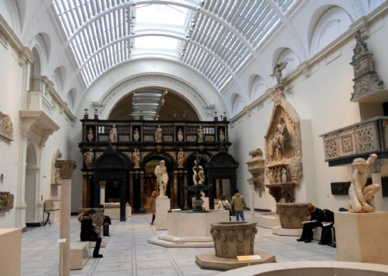 World class decorative arts at the V&A Museum in London