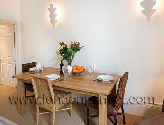 English Oak Table Seats 6