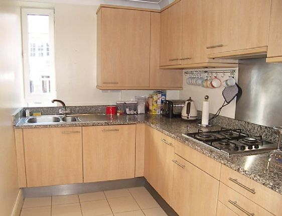 Fully equipped kitchen in our Gainsborough vacation rental