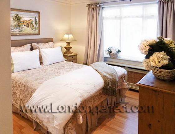 Mossy Green Bedroom